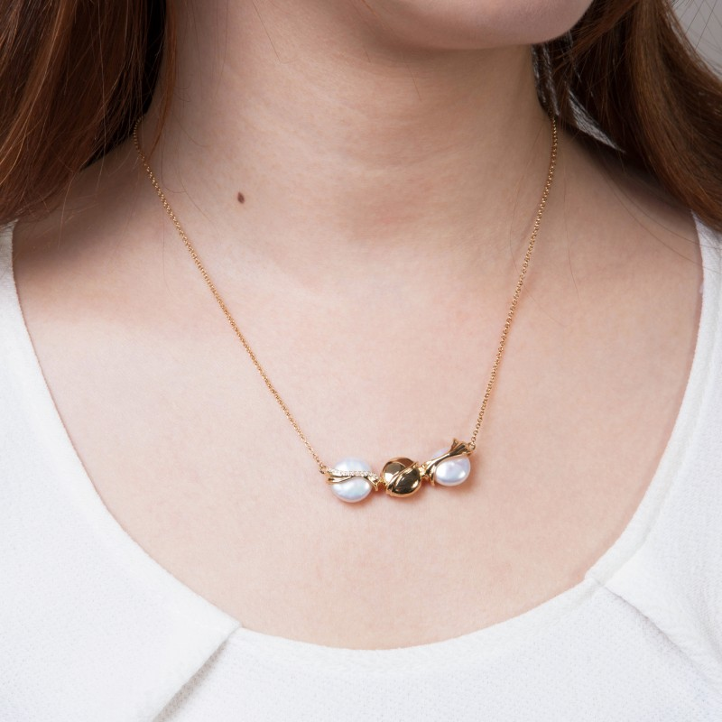 Serene Ocean Waves Gold Vermeil Coin Fresh Water Pearl Necklace